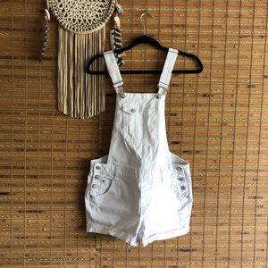✨EUC✨ LEI White Denim Overalls